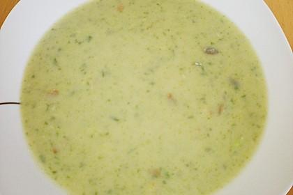 Brokkoli - Basilikum Suppe 12