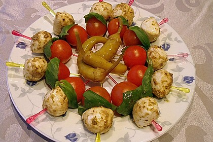 Tomaten - Mozzarella - Spieße 32