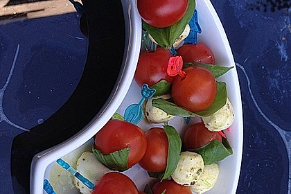 Tomaten - Mozzarella - Spieße 40