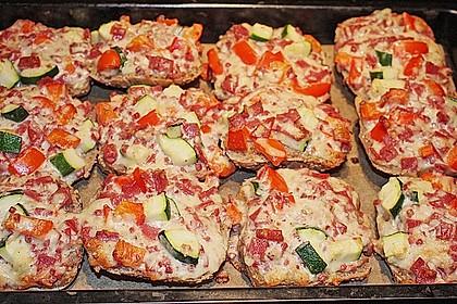 Superschnelle Pizzabrötchen 23