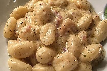 Gnocchi mit Garnelen-Trüffel-Kräuter-Soße 8