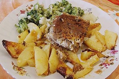 Römertopf - Kräuterhackroulade mit Sahnekartoffeln 0