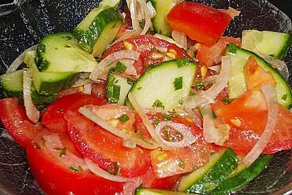 Gurken - Tomatensalat 32