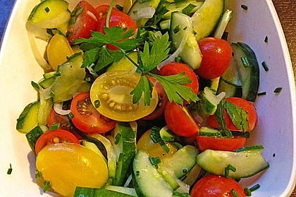 Gurken - Tomatensalat 12