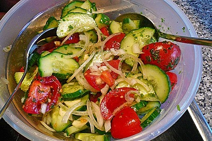 Gurken - Tomatensalat 30