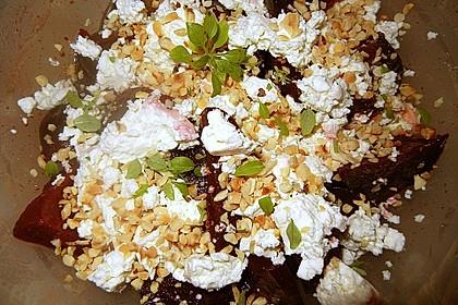 Rote Bete - Salat mit Schafskäse 30