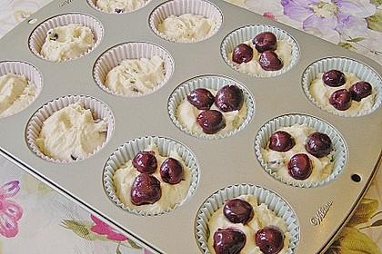 Stracciatella - Kirsch Muffins 23