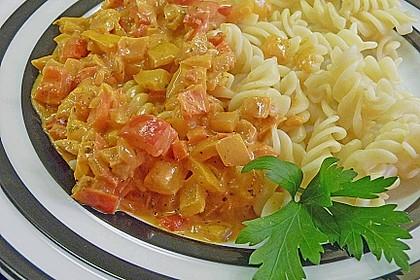 Nudeln mit Paprika - Sahne - Sauce 4