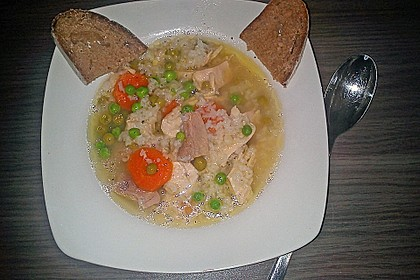 Oma´s Hühnersuppe 1