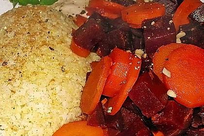 Rotes und gelbes Rübengemüse mit Hirse, asiatische Art 1