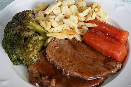 Rinderbraten mit würziger Rotweinsauce 6