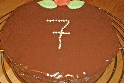 Frosting / Glasur mit Schokolade und Sahne 19