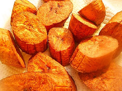 Frittierte Kochbanane kolumbianische Art (Rezept mit Bild) | Chefkoch.de