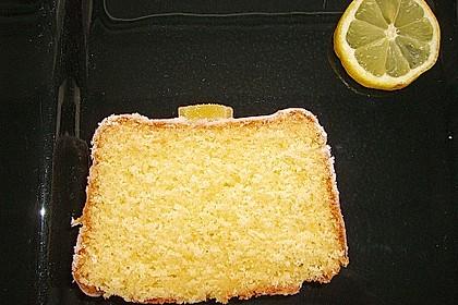 Saftiger Zitronenkuchen 19