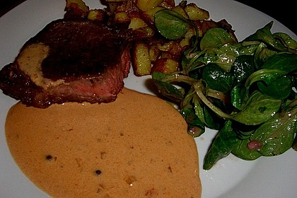 Steak in Pfeffersauce 8