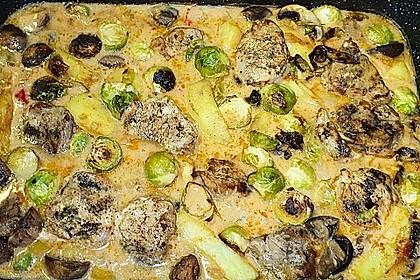 Schweinefilet auf Gemüse und Kartoffeln 14