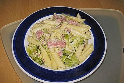 Brokkoli - Nudelpfanne mit Schinken 4