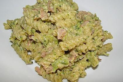 Brokkoli - Nudelpfanne mit Schinken 6