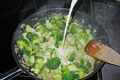 Brokkoli - Nudelpfanne mit Schinken 11