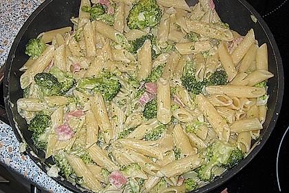 Brokkoli - Nudelpfanne mit Schinken 5