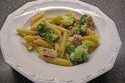 Brokkoli - Nudelpfanne mit Schinken 3