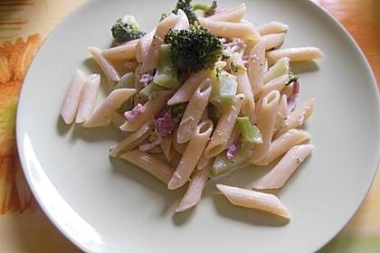Brokkoli - Nudelpfanne mit Schinken 9