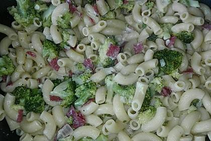 Brokkoli - Nudelpfanne mit Schinken 8