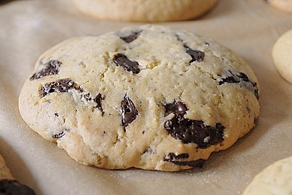 Chewy Chocolate Chip Cookies 3
