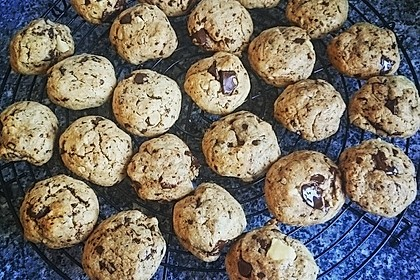 Chewy Chocolate Chip Cookies 40