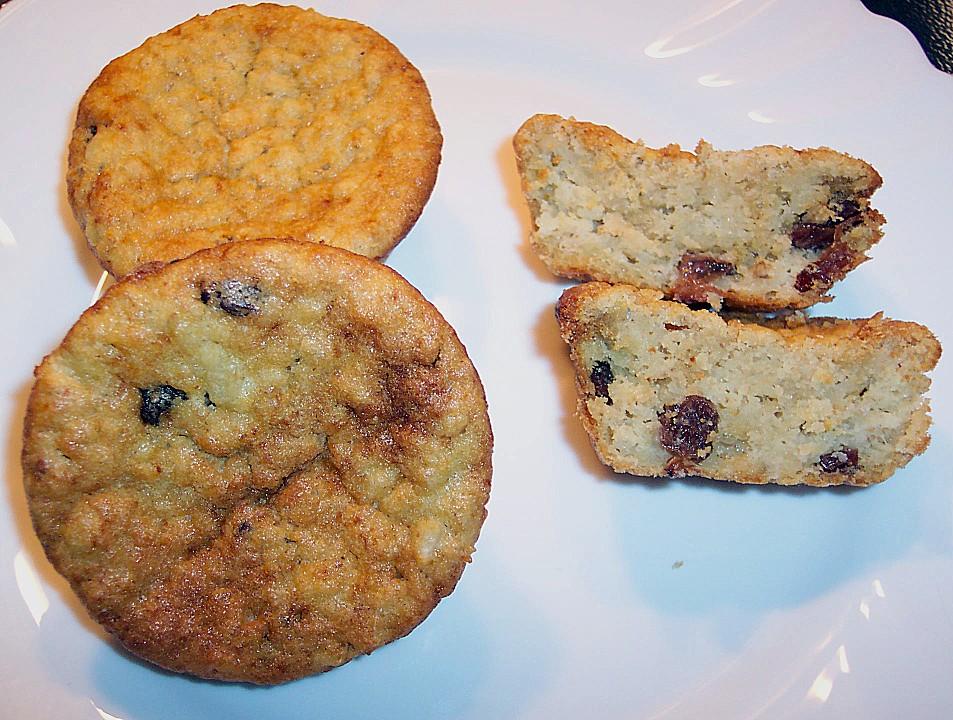 haferflocken muffins mit rosinen von bezwinger. Black Bedroom Furniture Sets. Home Design Ideas
