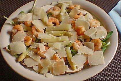 Spargelsalat mit Shrimps auf Rauke 0