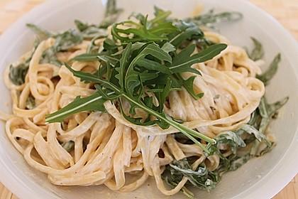 Spaghettini mit Ziegenkäse, Rucola und Limetten 1