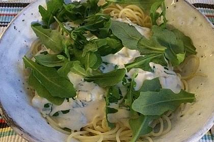 Spaghettini mit Ziegenkäse, Rucola und Limetten