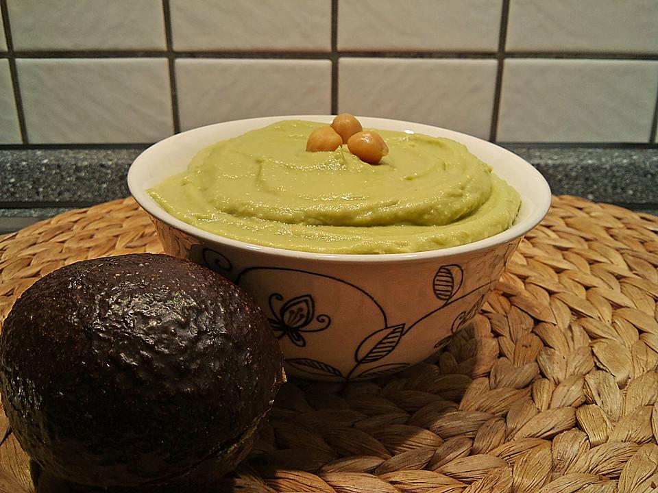 schneller avocado dip mit kichererbsen von novaneta. Black Bedroom Furniture Sets. Home Design Ideas