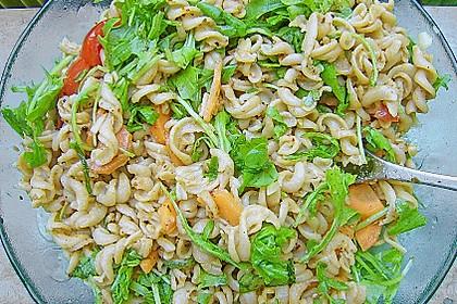 Raffinierte Nudelsalat mit Rucola 3