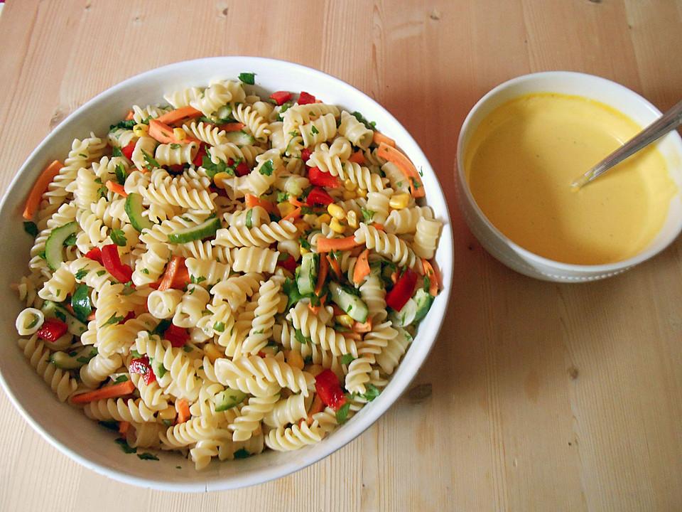 Asia - Nudelsalat mit gedünstetem Gemüse von alina1st