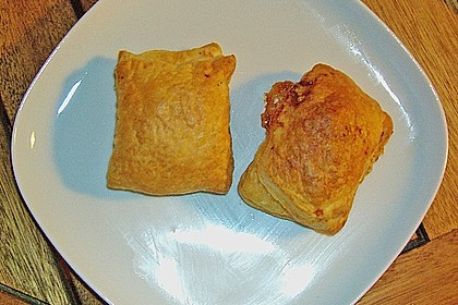 Empanada de chorizo con queso 15