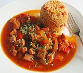 Paprikagulasch mit Fleischwurst
