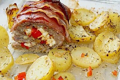 Mediterraner Hackbraten mit Oregano-Kartoffeln 20