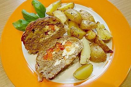 Mediterraner Hackbraten mit Oregano-Kartoffeln 9