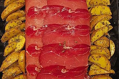 Mediterraner Hackbraten mit Oregano-Kartoffeln 65