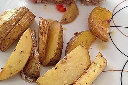 Mediterraner Hackbraten mit Oregano-Kartoffeln 36