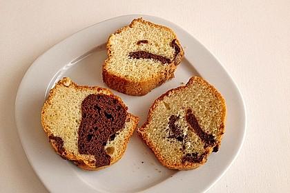 Marmorkuchen mit Öl und Mineralwasser 1