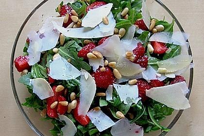 Basilikum-Rucolasalat mit Erdbeeren 30
