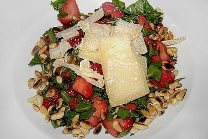 Basilikum-Rucolasalat mit Erdbeeren 45
