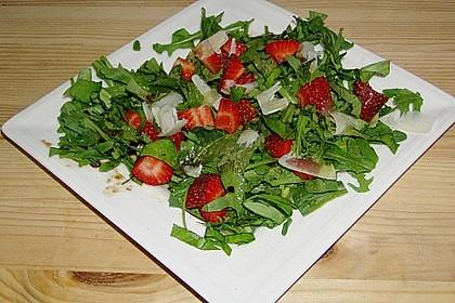 Basilikum-Rucolasalat mit Erdbeeren 38