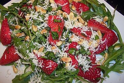 Basilikum-Rucolasalat mit Erdbeeren 63