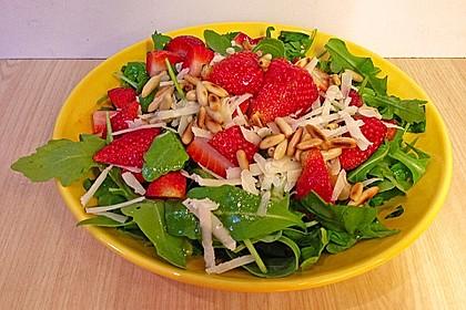 Basilikum-Rucolasalat mit Erdbeeren 44