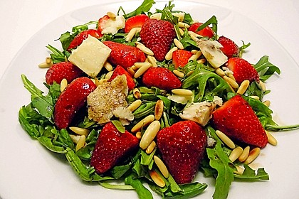 Basilikum-Rucolasalat mit Erdbeeren 6
