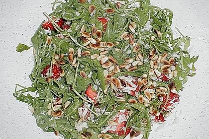 Basilikum-Rucolasalat mit Erdbeeren 80